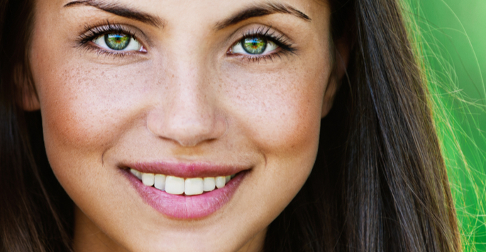 Complement Your Orthodontic Treatment with Teeth Whitening